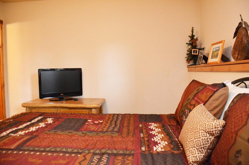 Master-Bedroom217.jpg