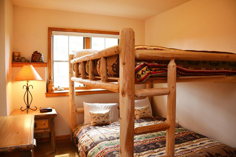 2nd-Bedroom10.jpg