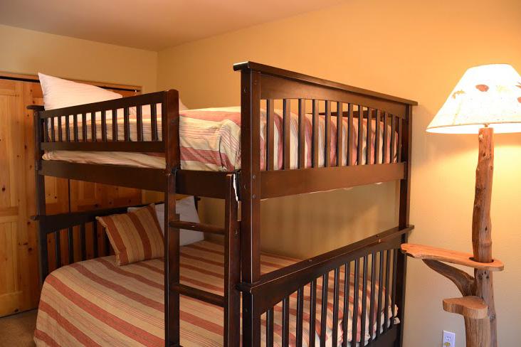 3rd-Bedroom7.jpg