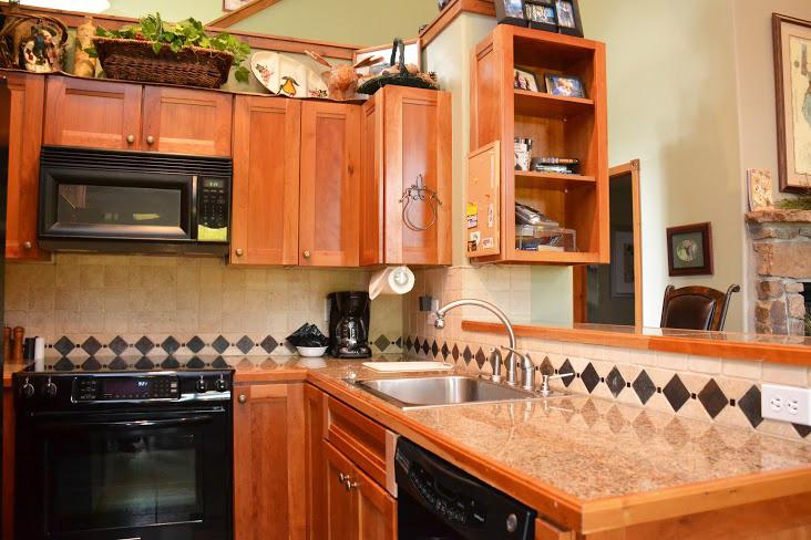 Kitchen250.jpg