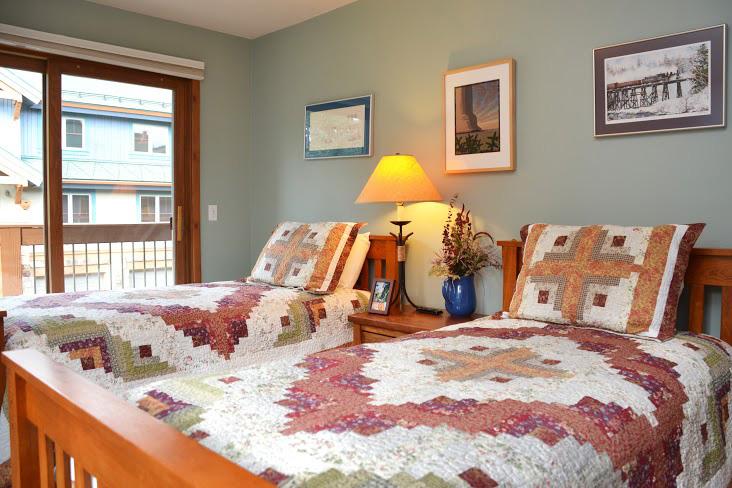 3rd-Bedroom38.jpg