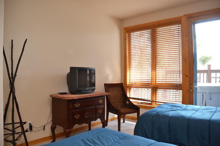 3rd-Bedroom212.jpg
