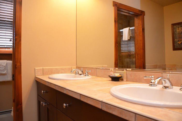 Master-Bathroom-4.jpg