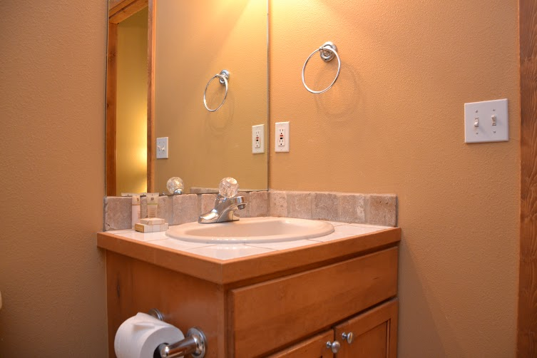 2nd-Bathroom-11.jpg