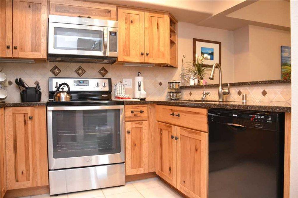 KitchenNEW.JPG