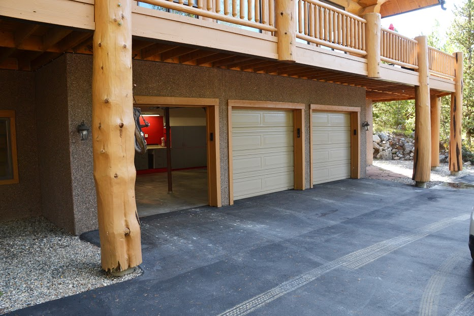 garage-three-car.jpg