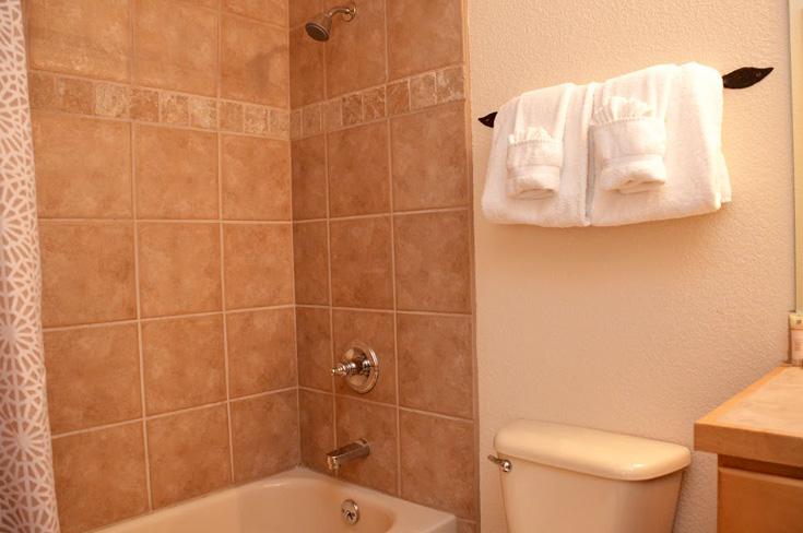 2nd-bathroom-6.jpg