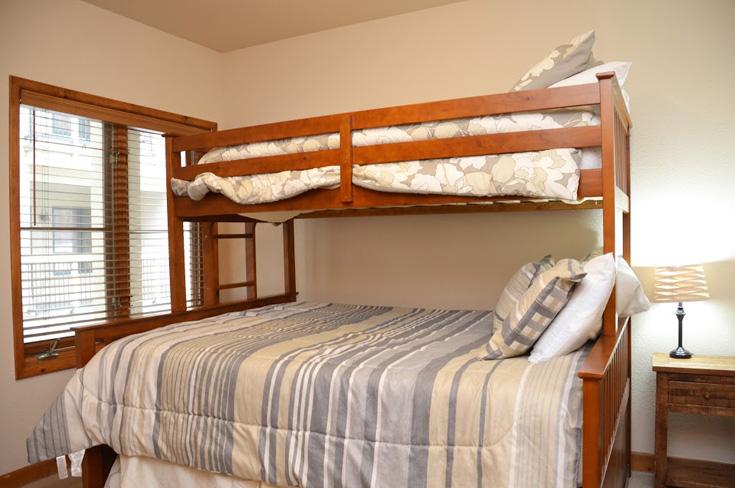 3rd-bedroom-5.jpg