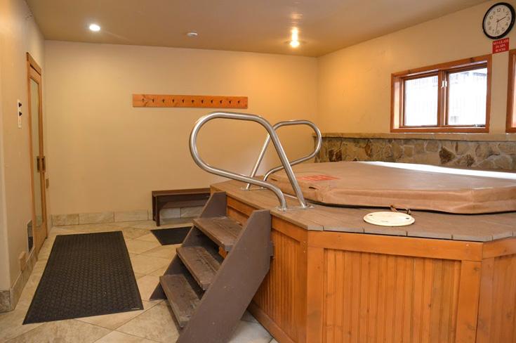 indoor-hot-tub-sauna.jpg
