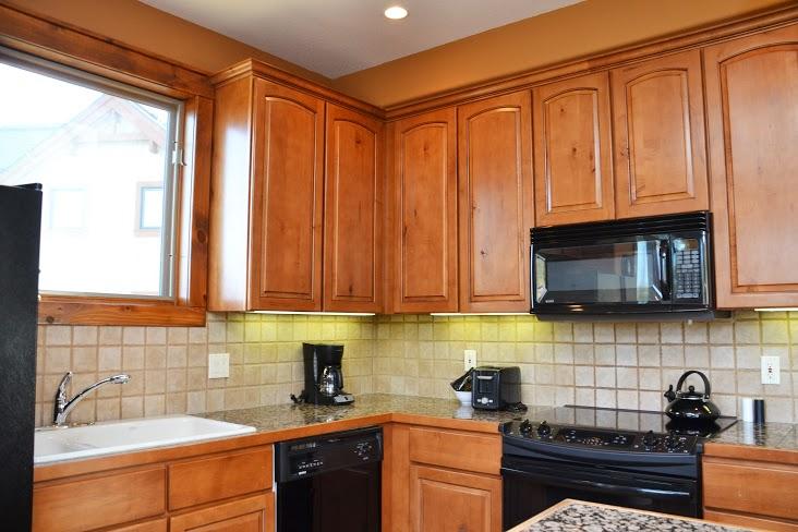 Kitchen312.jpg