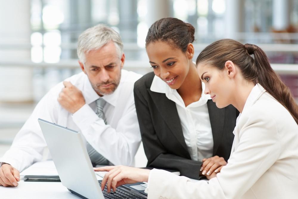People-working-on-laptop.jpg