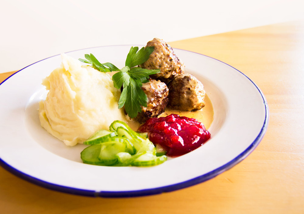 FIKA-SWEDISH-KITCHEN_MEATBALLS_1