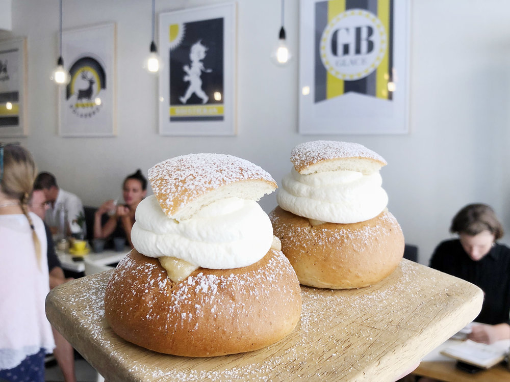 FIKA-SWEDISH-KITCHEN_SEMLA