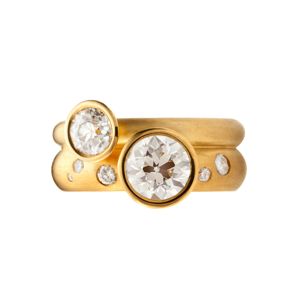 PAULA: Handmade, one-of-a-kind Diamond Ring in 22kt yellow gold.