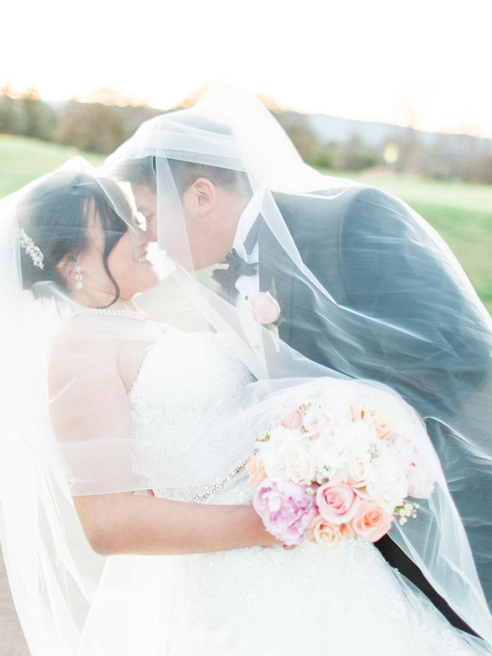 http://www.jennysoi.com/blog/2017/boundary-oaks-golf-fine-art-film-wedding-photographer