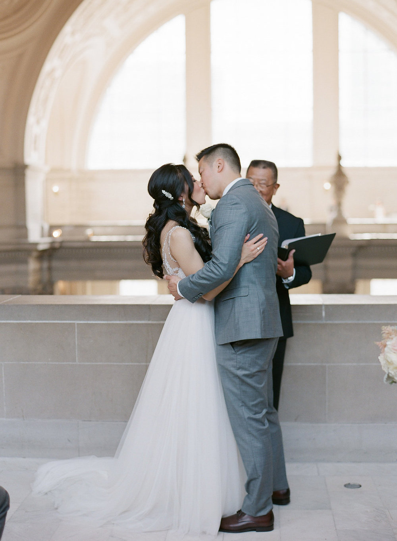 JennySoiPhotography-EJCityHallWedding-174.jpgSan Francisco City Hall Elopement Wedding Fine Art Film Photographer - Romantic natural light wedding photos