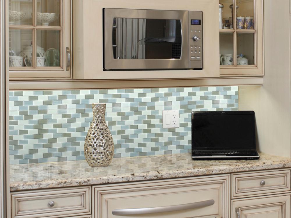 (1)Sonoma Cream Granite (2)Majestic Ocean 1 x 2 Mosaic