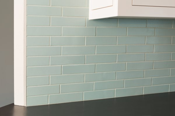 2x8__Backsplash__Kitchen__Offset__Sea_Glass_2_600_400_84_int.jpeg