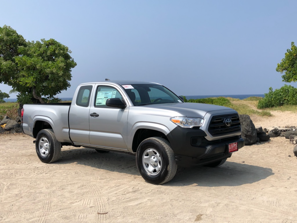 Toyota Tacoma Truck-1.png