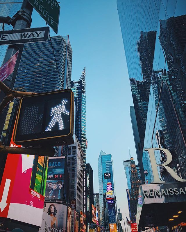 Constantly looking up in this city. How have I not walked into something already? #newyorkcity #timessquare