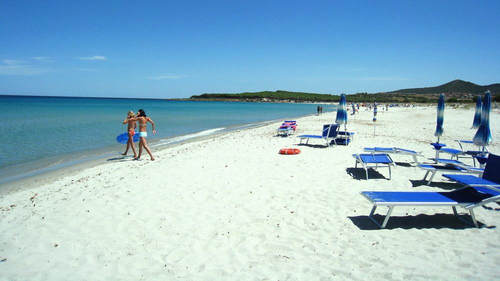 budoni beach.jpg