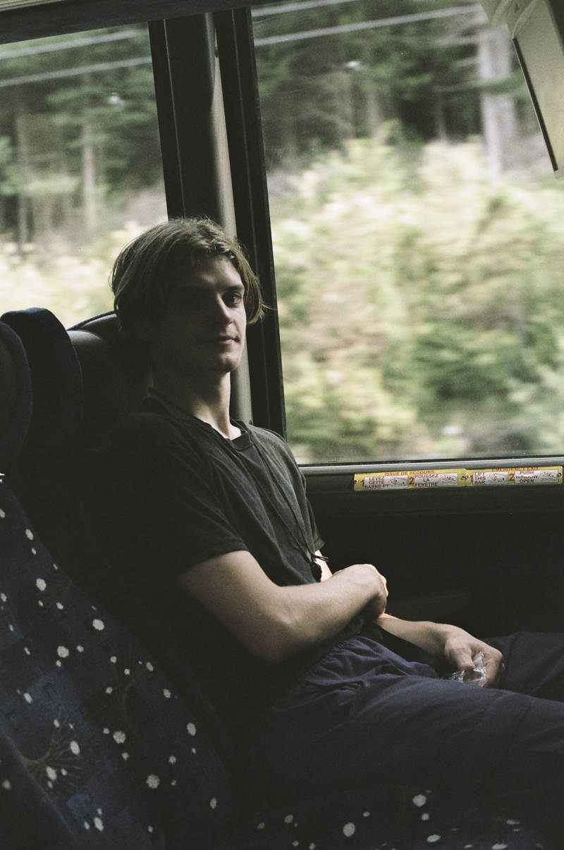 james dans le bus