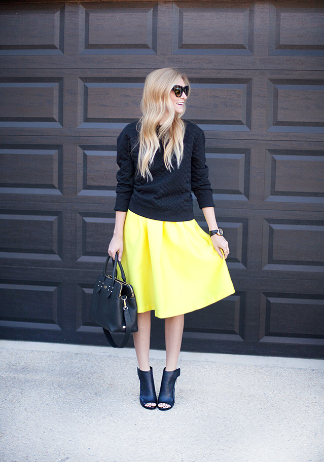 YellowMidiSkirt4.jpg
