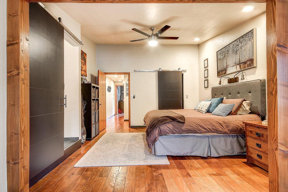 13_Master Bedroom3.jpg