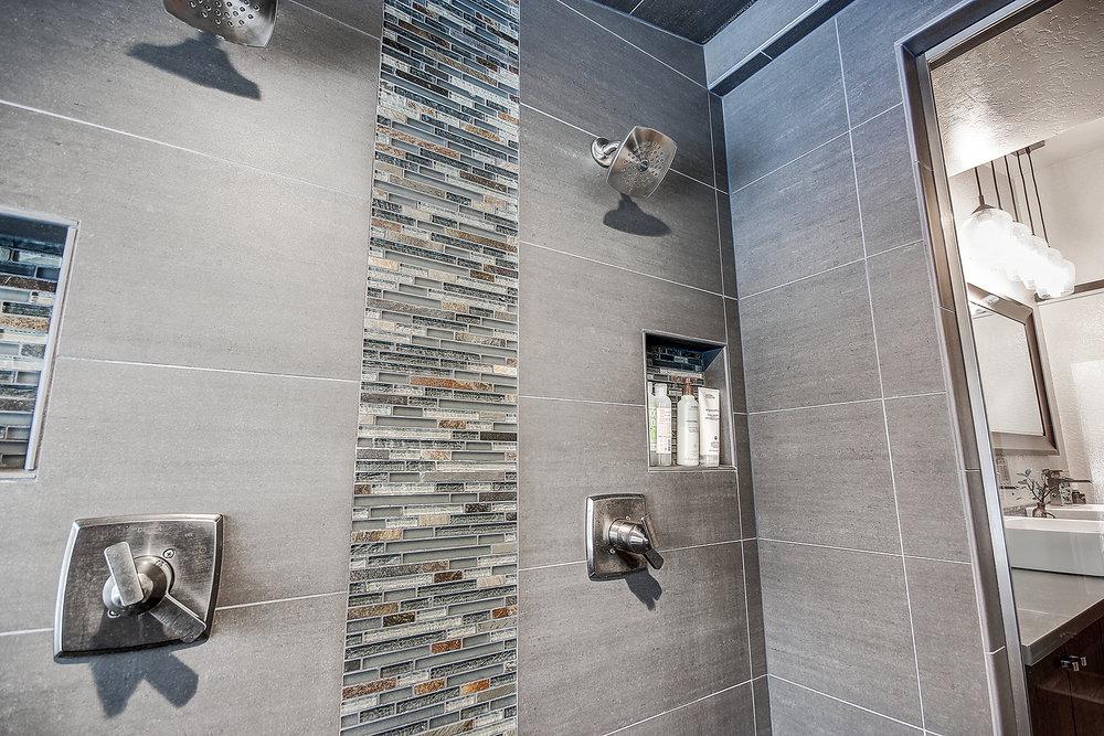 20_Master Shower2.jpg