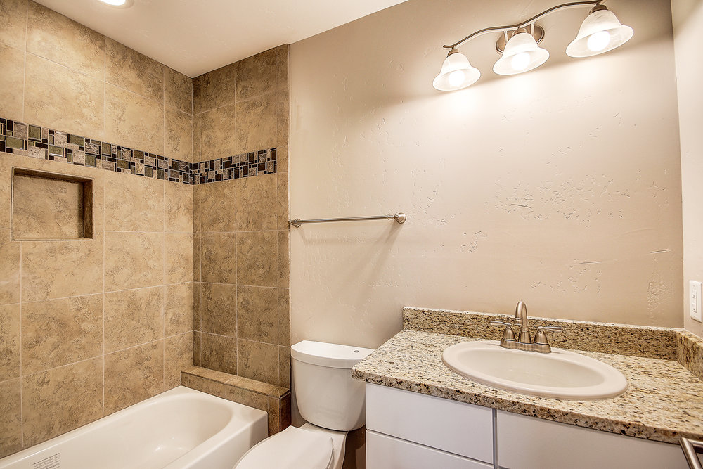 19_Guest Bathroom.jpg