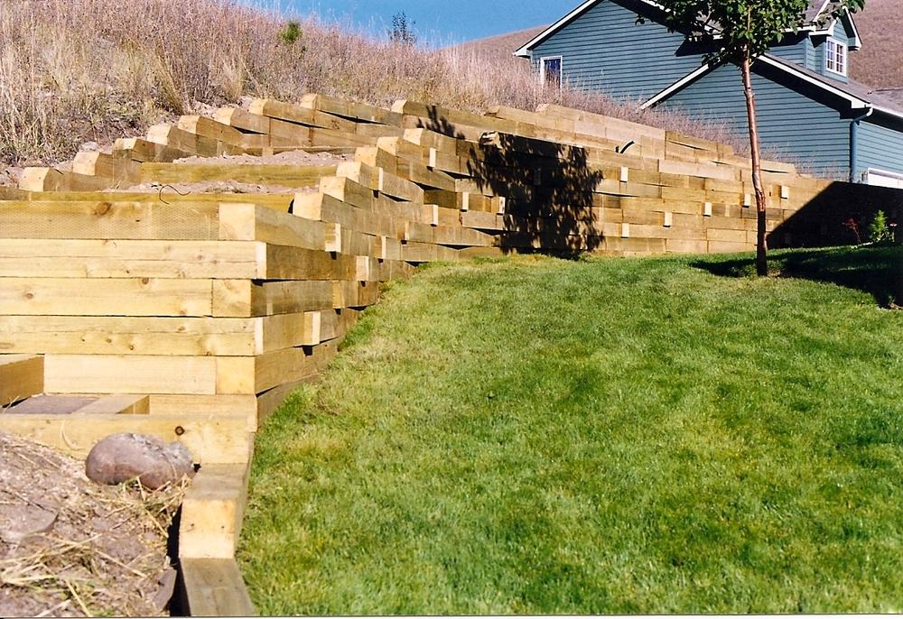 timber retaining wall.jpg