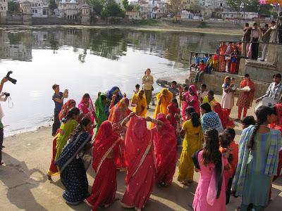 India- sari dance.jpg