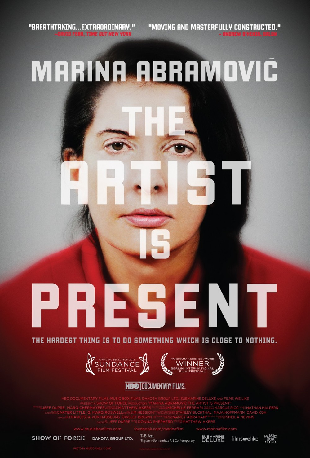 marina_abramovic_the_artist_is_present_xlg.jpg