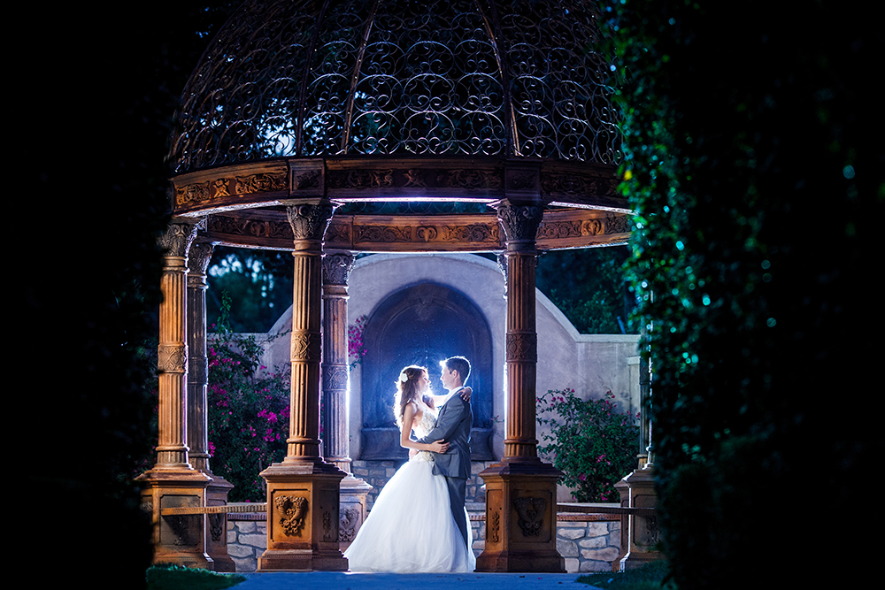 An example of our signature wedding photography look