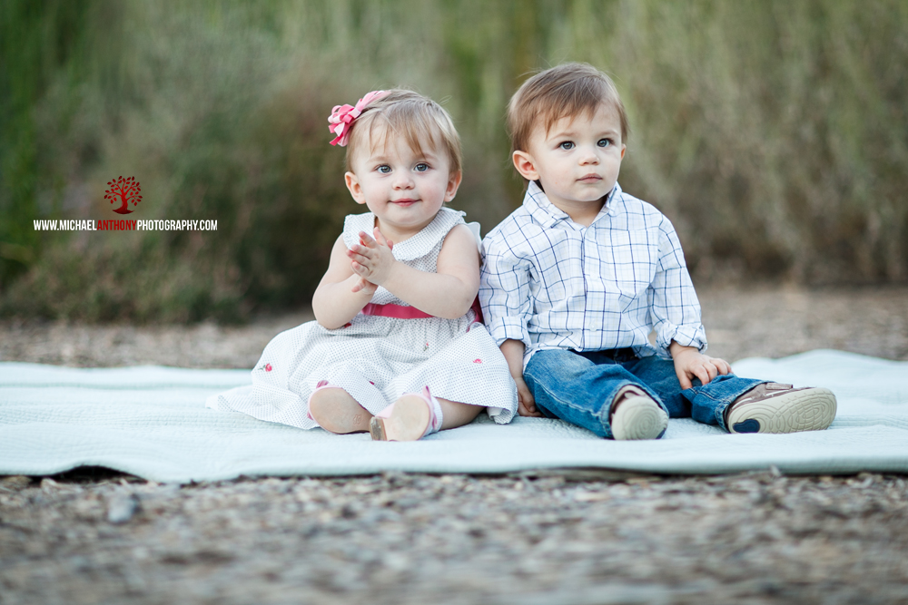 The Ohara Twins Preview! | Santa Clarita Family Photographer | Mentryville Portraits