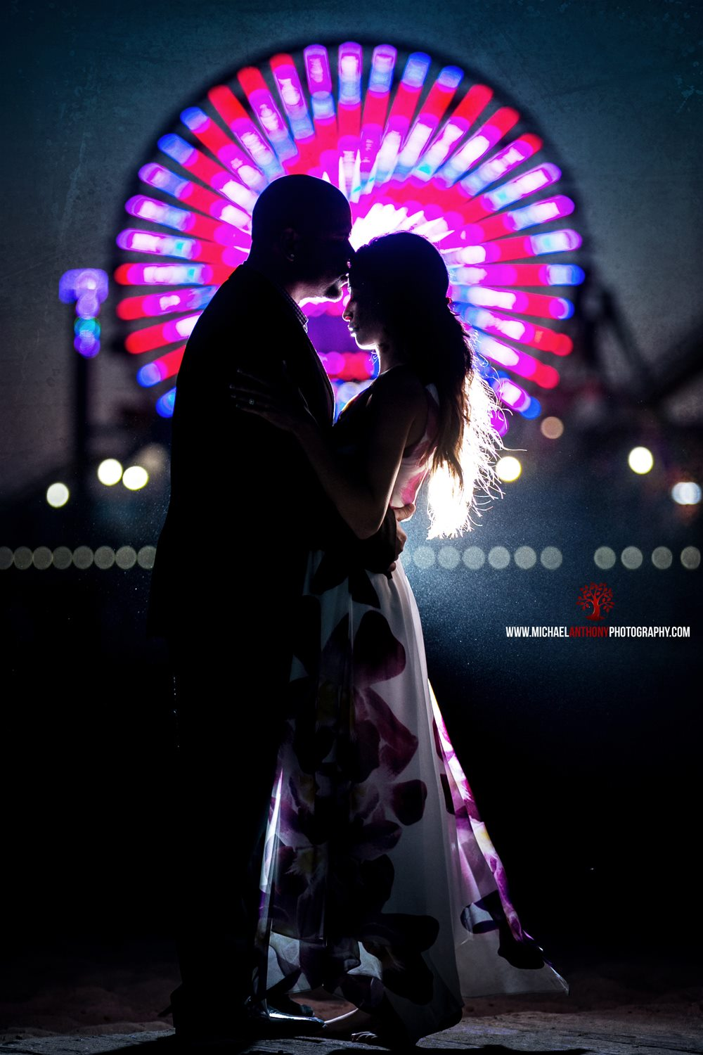 Engagement Photography in Santa Monica next to the ferris wheel