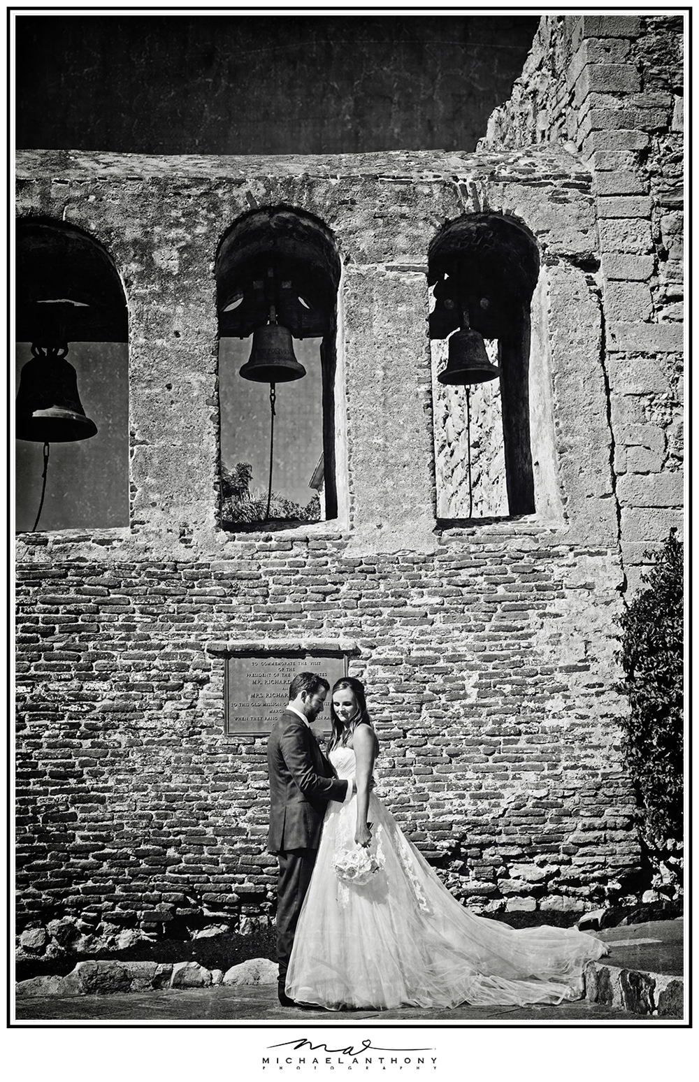 The Mission San Juan Capistrano Wedding Photos