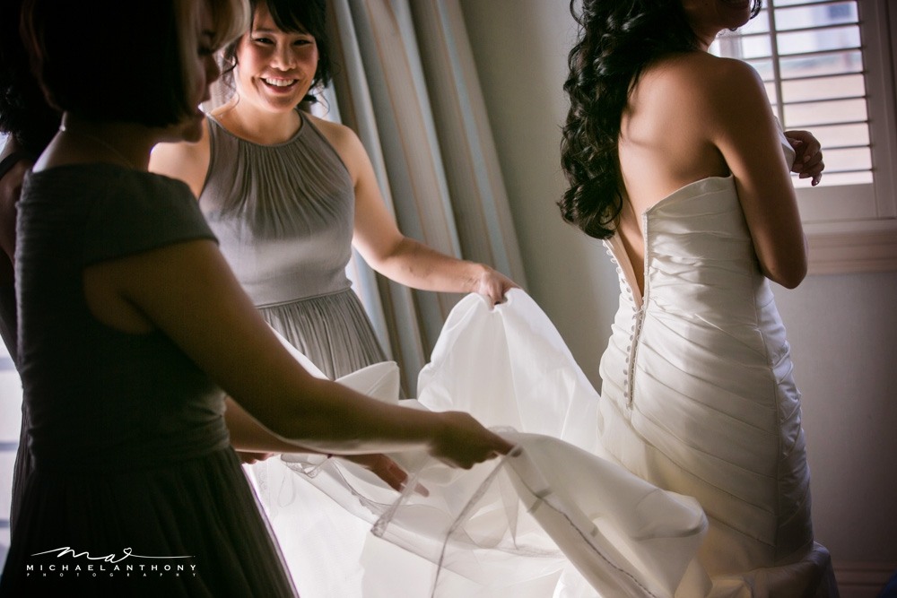 Bridal-prep-photos