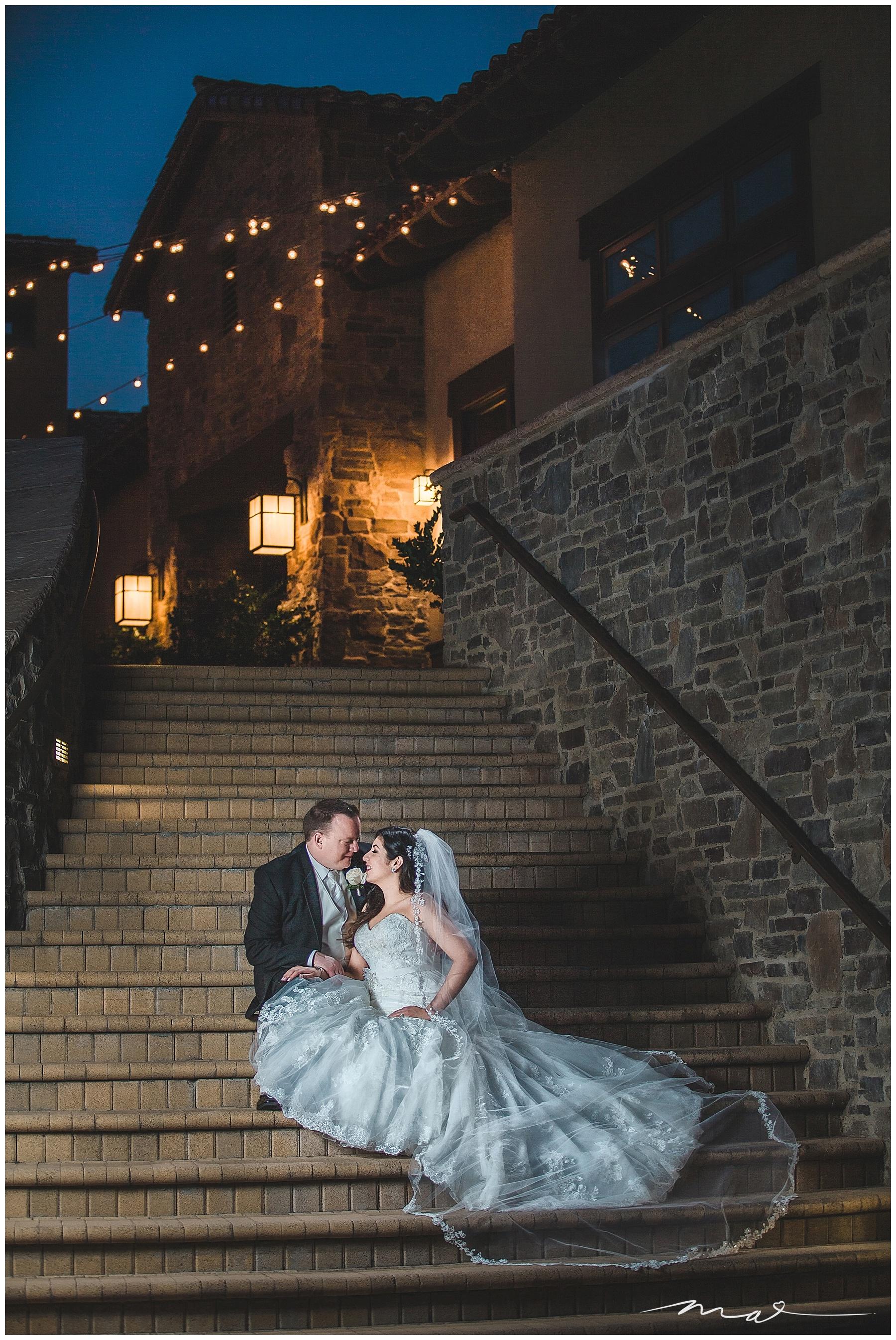 TPC Valencia Wedding Venue has a beautiful reception site that allows for gorgeous night photos