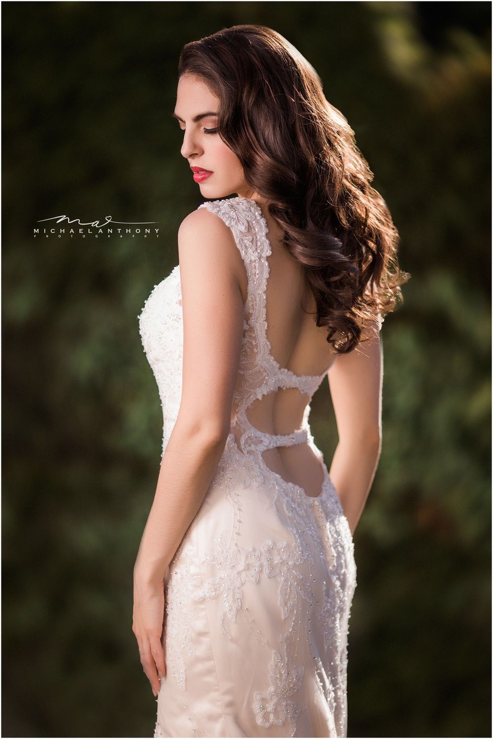 I loved the open back of this gorgeous vintage gown.
