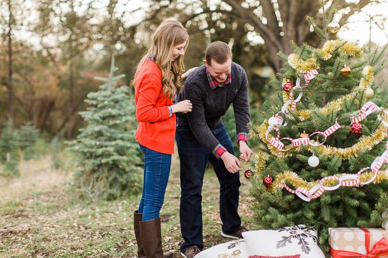 Christmas-engagement-session-11.jpg