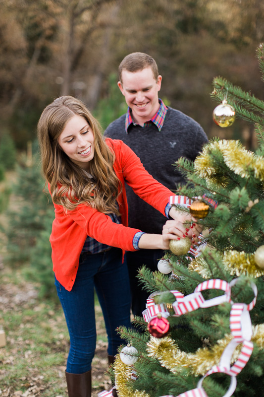 Christmas-engagement-session-12.jpg