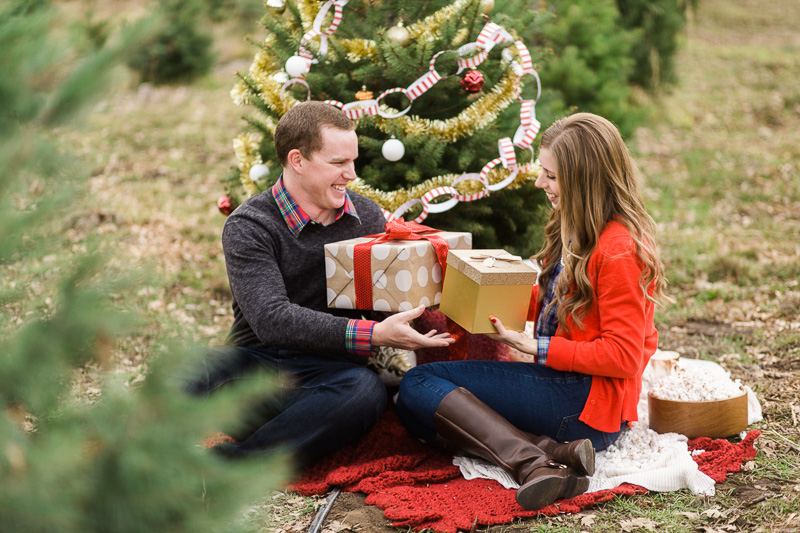 Christmas-engagement-session-28.jpg