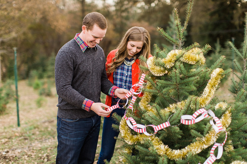 Christmas-engagement-session-3.jpg