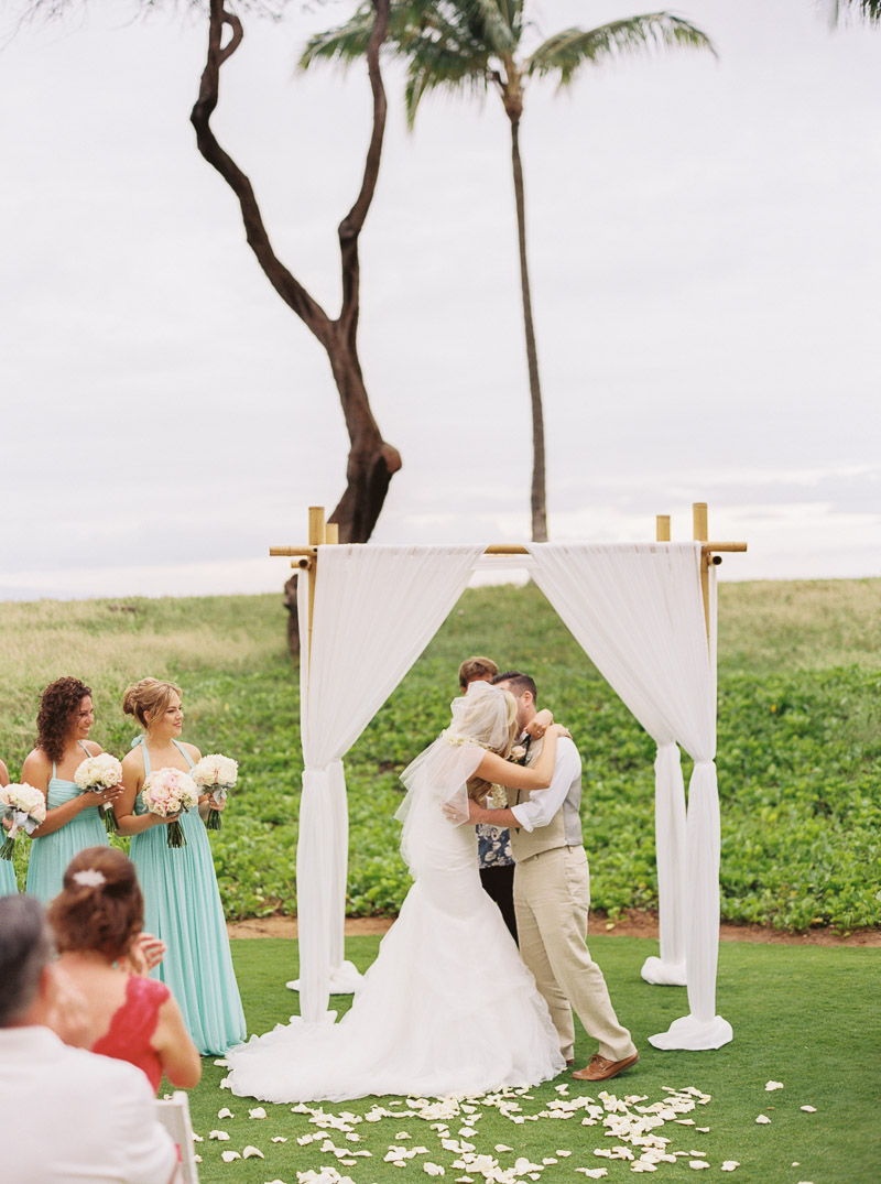 Maui wedding photographer - photo-55.jpg