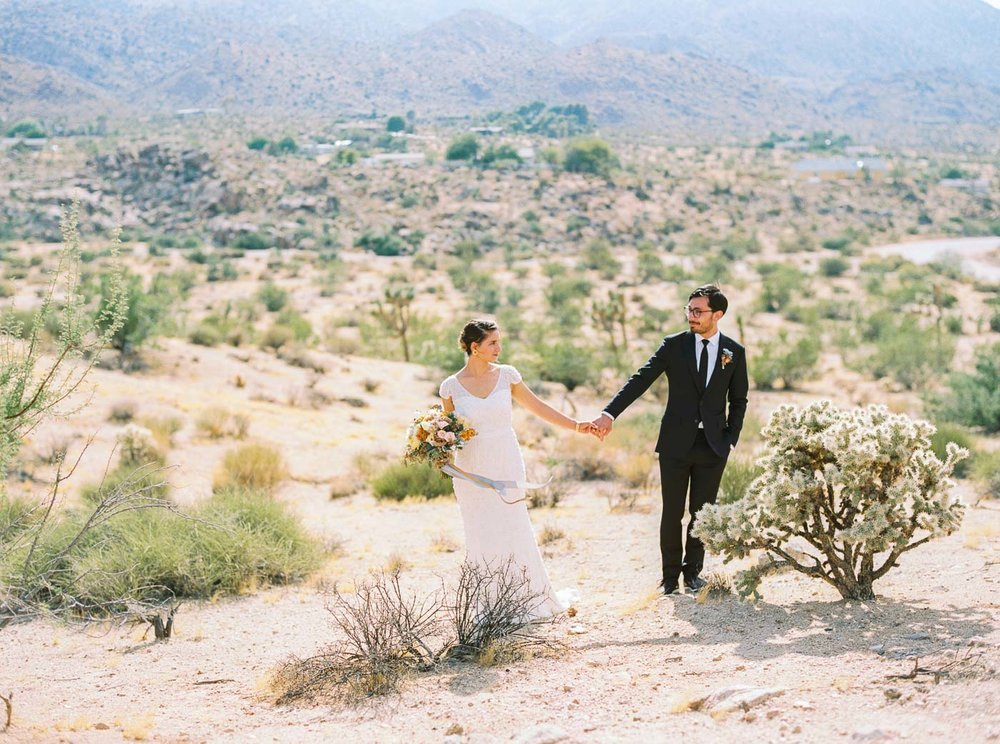Joshua Tree wedding-41.jpg