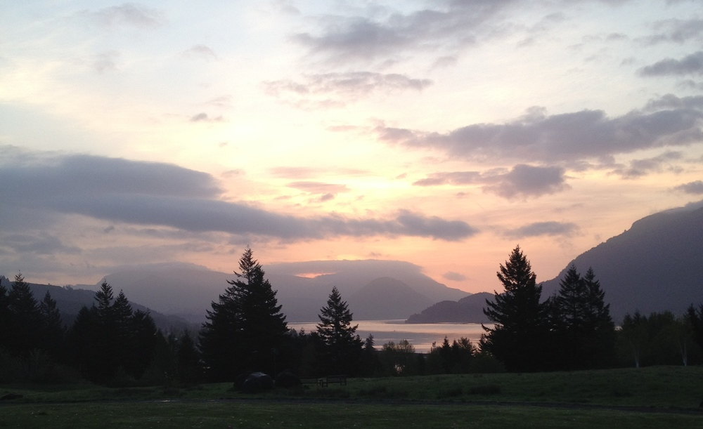 Columbia River Gorge,     Easter Sunrise 2014