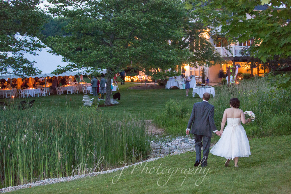 Sommer_Wedding_AmberJphotography_31.jpg