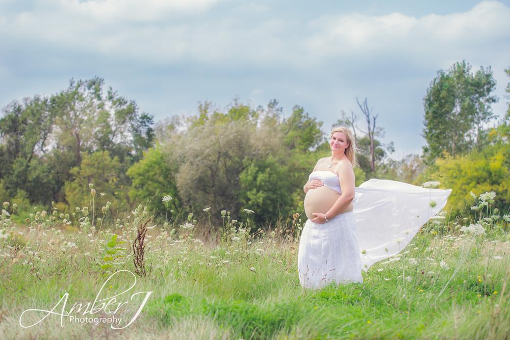Steele_Maternity_AmberJPhotographyBlog_08.jpg