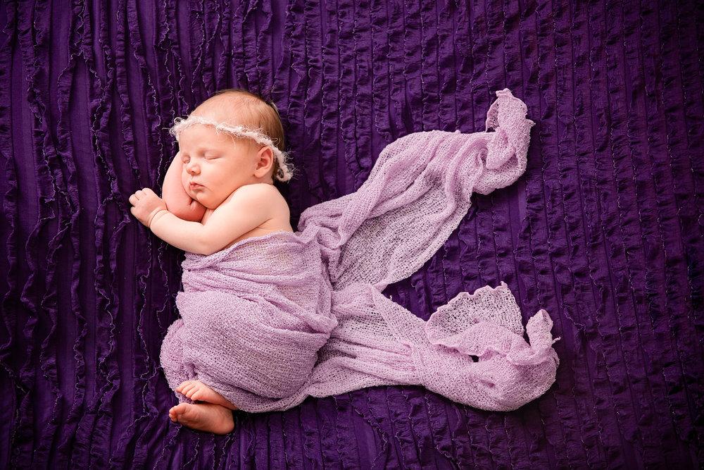 Aurora_newborn-14.jpg